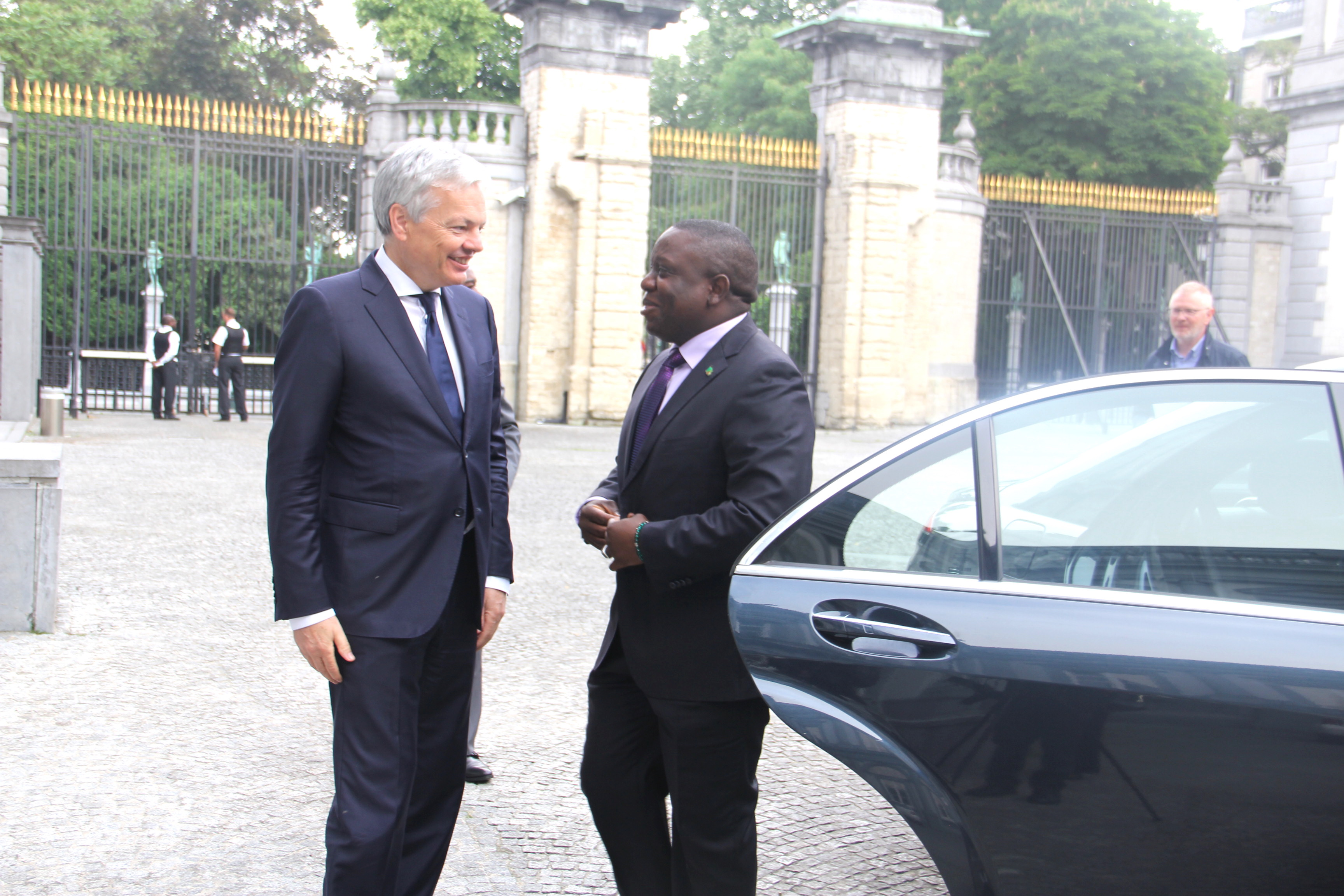 http://zebru.org/images/hon.%20kalaba%20with%20belgian%20foreign%20affairs%20minister%20in%20brussels.jpg